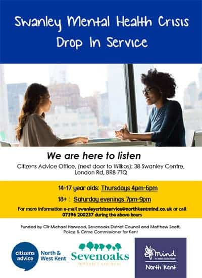 2 women sat by a table talking and listening to illustrate the Swanley Mental Health Crisis Drop In Service