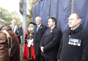 L to R: Steve Nash CEO STC, Mayor of Swanley Cllr Lesley Dyball, Sir Michael Fallon,MP and other guests